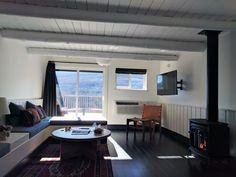 Upstate New York's cozy mountain escape reopens after extensive upgrades