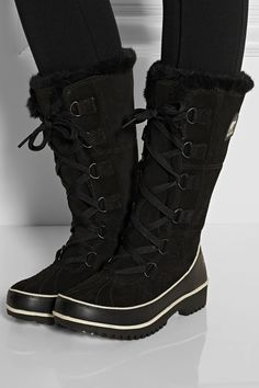 Love these Sorel boots!