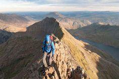 3. MONT SNOWDON (PAYS DE GALLE) - Le Crib Goch ou « peigne rouge » en gallois est un des sommets du ... - Garry Smith