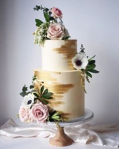 100 pretty wedding cakes to inspire you - big fat wedding cakes - . - 100 pretty wedding cakes that inspire you – big fat wedding cakes – - Pretty Wedding Cakes, Wedding Cake Roses, Floral Wedding Cakes, Amazing Wedding Cakes, Wedding Cake Rustic, White Wedding Cakes, Floral Cake, Wedding Cake Designs, Wedding Cake Toppers