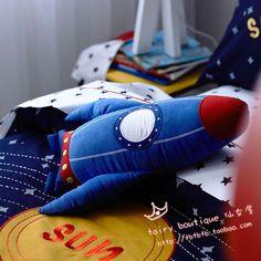 2014年新款 蓝色火箭\太空飞船抱枕 装饰枕