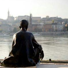 József Attila by the Danube Sensitive Men, Budapest Hungary, Batman, Sculpture, Statue, Superhero, Movie Posters, Fictional Characters, Art
