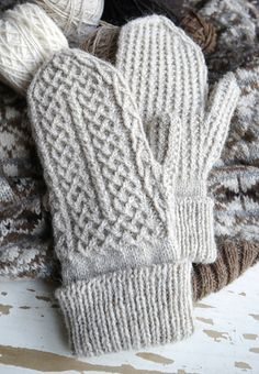 Ravelry: Crofters Mittens pattern by tomofholland