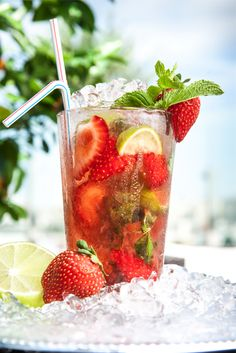 Mojito Festival at the Atmosfera Restaurant. Don't pass up a chance to try this summer's new Mojito flavors at our Atmosfera Restaurant and Lobby bar! #ukraine #kyiv #travel #luxury #premierpalacehotel #restaurant  #taste #rooftop