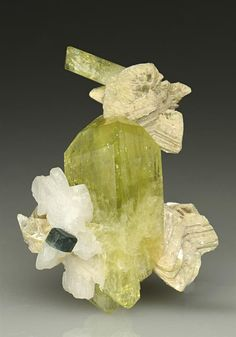 Brazilianite with Apatate and Muscovite from Brazil