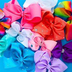 Lush bows✨ signature jojo bows at Claire's! Jojo Siwa Bows, Jojo Bows, 9th Birthday, Birthday Parties, Jojo Juice, Jojo Siwa Outfits, Dance Mums, Famous Dancers, Tiaras