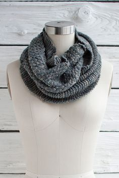 Ravelry: Cesta Cowl pattern by Lisa R. Myers