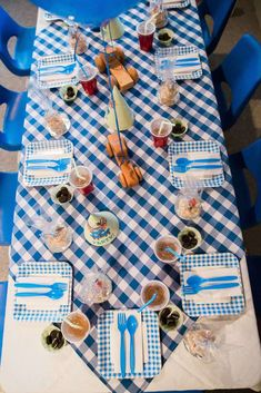 Little Blue Truck Birthday Party Ideas | Photo 16 of 36