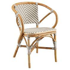 Outdoor Dining Furniture, Patio Furniture Sets, Furniture Ideas, Furniture Design, Furniture Makeover, Patio Makeover, Affordable Furniture, Wicker Furniture, Furniture Inspiration