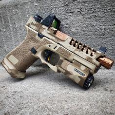 RAE Magazine Speedloaders will save you! Custom Glock 19, Custom Guns, Tactical Pistol, Tactical Gear, Weapons Guns, Guns And Ammo, Glock Mods, Glock Accessories, Camo Guns