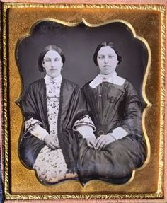 YOUNG-WOMEN-SMILING-TEETH-SISTERS-FRIENDS-TINTED-1-6-PLATE-DAGUERREOTYPE-D655