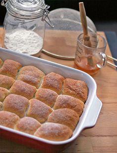 Recept na povidlové či makové buchty, původně z Apetitu. Buchty jsou opravdu velmi dobré a měkké i k | Veganotic