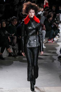 Alexander McQueen Fall/Winter 2015/2016