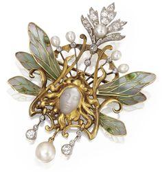 18 KARAT GOLD, PLIQUE-À-JOUR ENAMEL, CARVED MOONSTONE, PEARL & DIAMOND PENDANT-BROOCH, LOUIS AUCOC, FRANCE, CIRCA 1900.