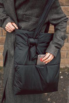 Дутая большая сумка - мешок с максимальным функицоналом – купить в интернет-магазине на Ярмарке Мастеров с доставкой
