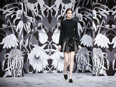 Rebellious Sophistication by Studio Job for Viktor & Rolf - News - Frameweb