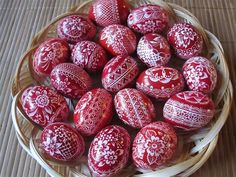 These Czech kraslice are pigeon eggs decorated with the scratch-carve technique.