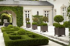 Habersham-parterre and topiary