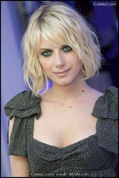 great hair...and eyes...Melanie Laurent