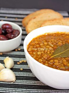 Fakes: A traditional Greek vegan soup recipe! One of the best vegetarian recipes for legumes!