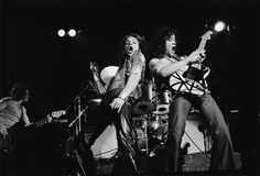 On This Week in Guitar History: Van Halen Erupts, Changes Rock Guitar Playing Forever | Music News @ Ultimate-Guitar.Com