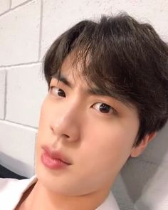 Shared by miiims. Find images and videos about bts, jin and bangtan on We Heart It - the app to get lost in what you love. Seokjin, Namjoon, Taehyung, Yoongi, Bts Bangtan Boy, Hoseok, Imagine Jin, Bts Funny Videos, Kim Jin