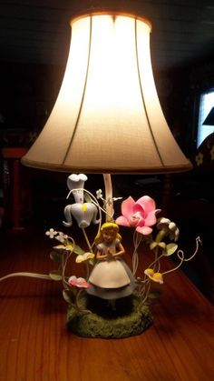 Disney Alice in Wonderland Figurine Lamp ( Hard to find RARE  )  #Disney