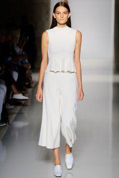 Victoria Beckham, Look #4