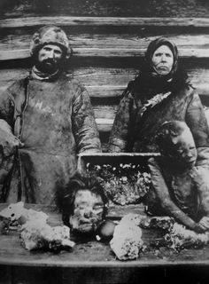 Cannibals with their victims in the Volga region during the famine in Russia 1921 [2199 2990]