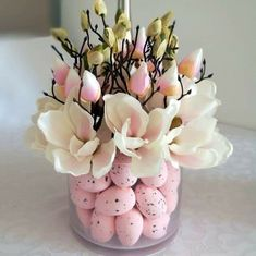 Bladoróżowa magnolia w szkle nr 197 — Świąteczne Atelier Easter Flower Arrangements, Easter Flowers, Floral Arrangements, Easter Projects, Easter Crafts, Easter Table Decorations, Deco Floral, Easter Holidays, Easter Party