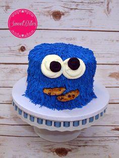 Cookie Monster smash cake Birthday Cake Kids Boys, Monster Birthday Parties, 1st Birthday Photos, 1st Boy Birthday, Birthday Ideas, Cookie Monster Cakes, Monster Smash Cakes, Elmo And Cookie Monster, Sesame Street Party
