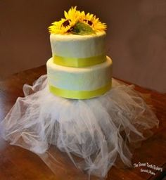 Yellow Princess Cake   ~ Gluten Free *  The Sweet Tooth Bakery ~ Maine    www.thesweetttoothbakery.com