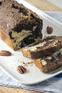 Cake is goed, altijd. En cake maak je makkelijk zelf, het is helemaal niet moeilijk. Het lastigste is nog het wachten tot de oven klaar is met het bakken van de cake. En met cake kun je lekker variëren. Hierbij geef ik je een heerlijk cakerecept met pecannoten en cacao. Deze cake is niet klef,... LEES MEER...