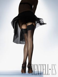 Wolford Tights, H/W 2008-2009 - Dessous - http://de.dentell.es/fashion/lingerie-12/tights-legwear/wolford,656