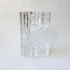 Iittala Tapio Wirkkala 'Pinus' Vase #2784 + label. Finland, Scandinavia 1973. Ice/bark textured, Finnish MCM retro/vintage art glass. Clear by CocoCollectables on Etsy