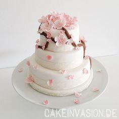 Kirschblütentorte/Sakura Cake/Cherry Blossom Cake