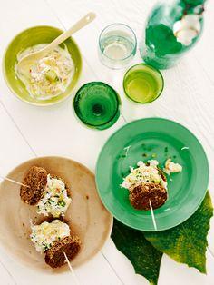 Avokado-katkarapu-toast skagen