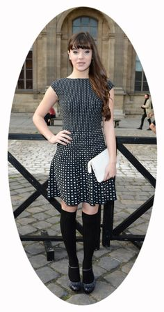 Hailee Steinfeld @ the Louis Vuitton 2013 fashion show