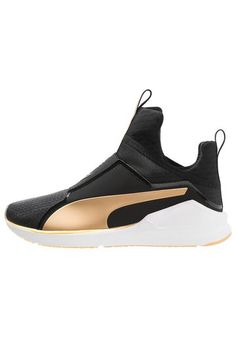 on sale 27dbf 8a782 Puma FIERCE FIF - Sports shoes - black gold for with free delivery at  Zalando