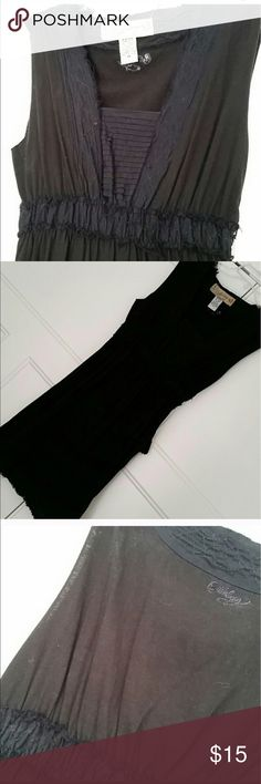 Billabong Black Dress with tie Medium Cute SunDress with tie. Size medium. No rips no holes no tears . Bundle with other items in my closet for a great deal ! Billabong Dresses