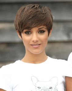 Easy Brown Pixie Hairstyles for Fall: Frankie Sandford Short Haircut