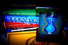 Hourglass 44, Books