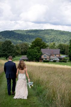 New Hampshire Farm Wedding at The Toad Hill Farm from Kari Herer Photography  Read more - http://www.stylemepretty.com/new-hampshire-weddings/franconia/2013/06/19/new-hampshire-farm-wedding-at-the-toad-hill-farm-from-kari-herer-photography/