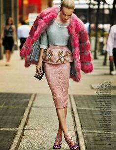 "vogue-at-heart: "" Lindsay Ellingson for Elle Italia December "" Look Fashion, High Fashion, Winter Fashion, Fashion Women, Street Fashion, Fashion Design, Fashion Trends, Fur Fashion, Vogue Fashion"