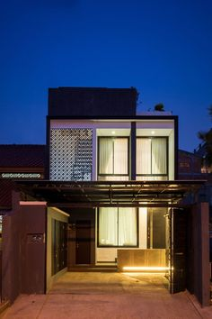 A   W House by DP HS Architects (20)