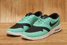 NIKE SB ERIC KOSTON 2 MAX CRYSTAL MINT / DARK OBSIDIAN / WOLF GREY £94.95