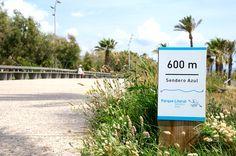 Señalización rural en senda Azul del Grao de Castellón. Interior Exterior, Cinema, Blue, Movies, Movie Theater