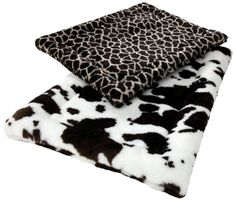 $41.72-$45.50 You know how chic and sophisticated animal prints are, so how can you dare not share your sense of fashion with your best friend? Zoo Rest mats feature Faux Fur print patterns with a poly-knit backing that interlocks the fibers helping to reduce shedding without sacrificing softness. Our thick denier 50-percent IntelliLoft recycled fiber fill is sewn inside for comfort and the top-s ...