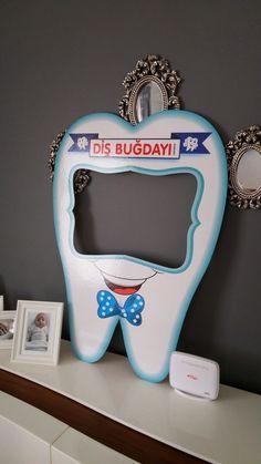 Dental Activities for Kids - Todo Sobre La Salud Bucal 2020 Dental Cake, Dental Wallpaper, Dental Pictures, Dental Health Month, Dental Office Decor, Dental Kids, Children's Dental, First Tooth, Healthy Teeth