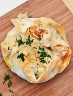"""JAMIE OLIVER'S EGG, SPINACH, PINE NUT, LEMON, OREGANO, NUTMEG, CHEDDAR & FETA FILO PIE ~~~ this recipe is shared with us from the book, """"meals in minutes"""". [Jamie Oliver] [eatlivetravelwrite]"""
